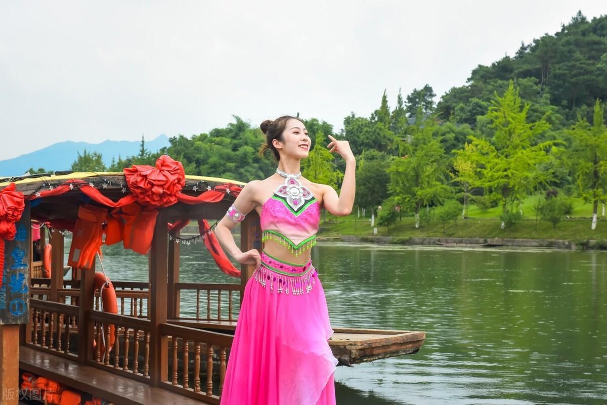 桂林漓江山水,欣赏的是沿途风光,兴安灵渠,演绎的穿越厚重历史
